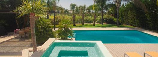 Villa en 1ª Línea de los Naranjos Golf